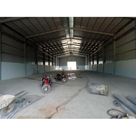 Kho xưởng cho thuê tại Quận 7 - giá 100 nghìn/m2.