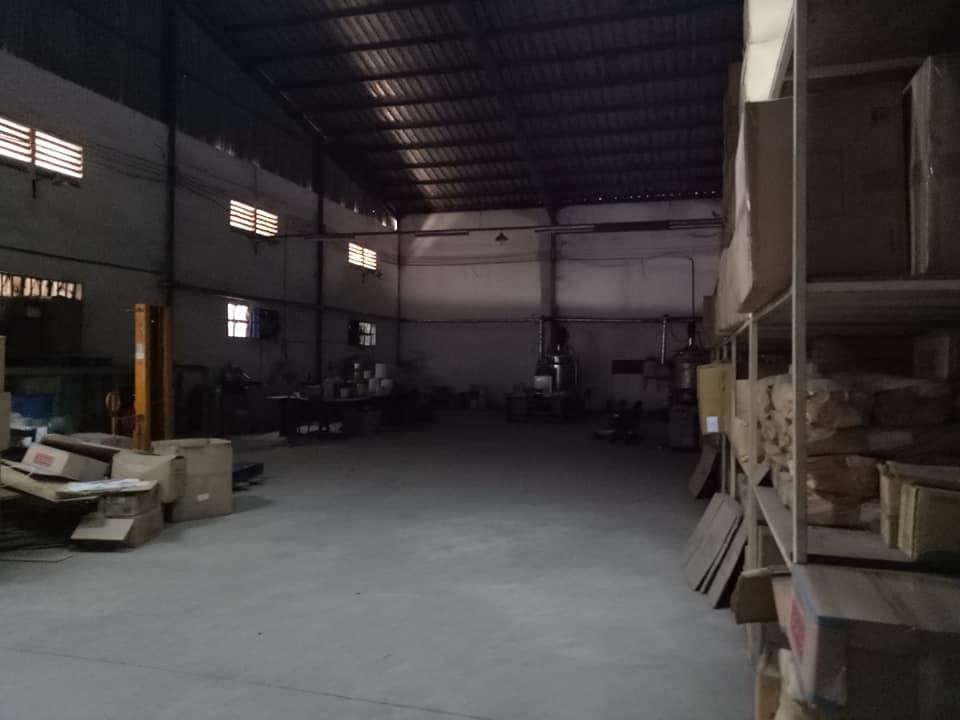 Kho xưởng cho thuê trên QL 13, giá rẻ.